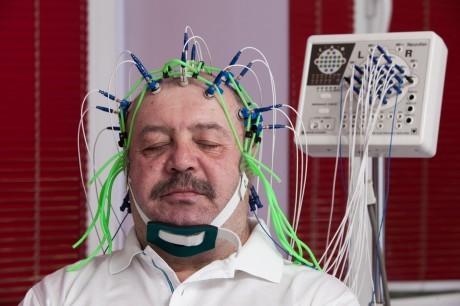 Диагностика эпилепсии   начинается с электроэнцефалографии