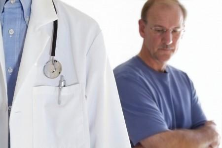 Мужчинам старше 50 лет рекомендуется проходить обследование простаты ежегодно