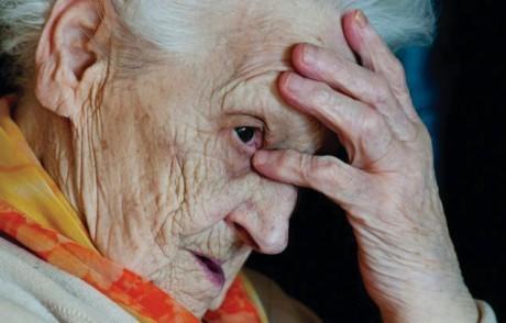 Диабет и высокое артериальное давление в среднем возрасте могут являться причиной повреждения головного мозга через 10 лет