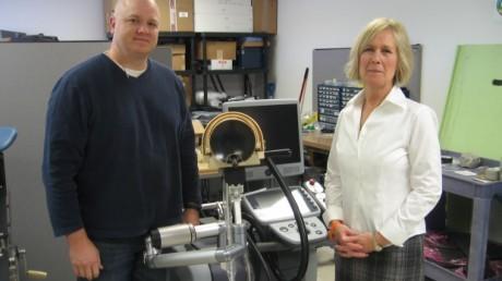 Опытный образец Vortx RX, главный операционный директор Кристин Гиббонс (справа)