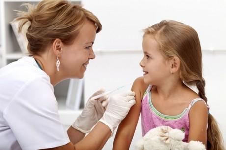 Делать или не делать прививку ребенку?