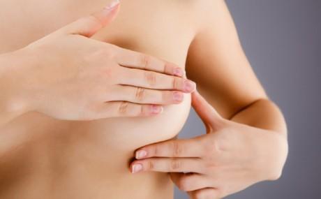 """Самостоятельный осмотр груди играет важную роль в раннем выявлении рака. Может ли  новое устройство """"электронная кожа"""" сыграть аналогичную роль?"""