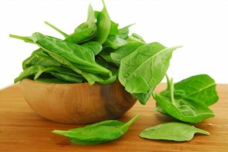 Экстракт из листьев шпината помогает похудеть.