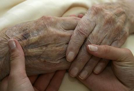 Больному необходима ваша любовь, забота и внимание