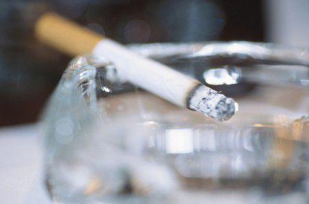 Курение - причина выпадения зубов