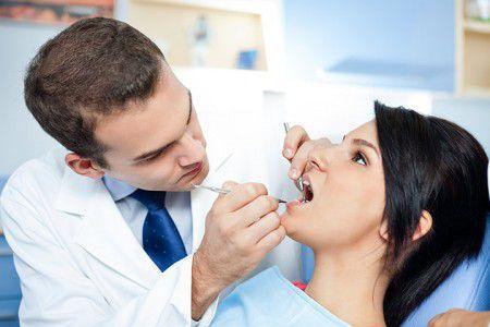 Лечение зубов во время беременности рекомендуется проводить во втором триместре