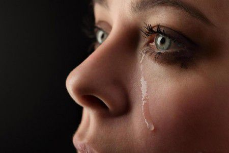 Выпуск эмоций - плач позволяет поднять настроение в будущем