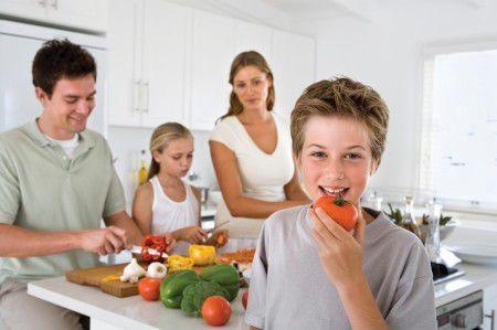 Употребление в пищу еды, приготовленной дома, снижает риск развития сахарного диабета 2 типа.