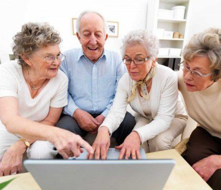 Время у пожилых людей  идет быстрее