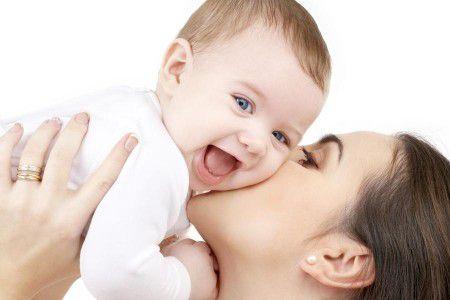 Ученые подчеркнули важность здорового микробиома у будущих мам и их потомства