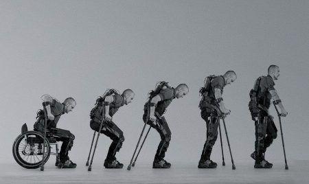 Экзоскелет поможет тем, кто перенес травму, научиться ходить