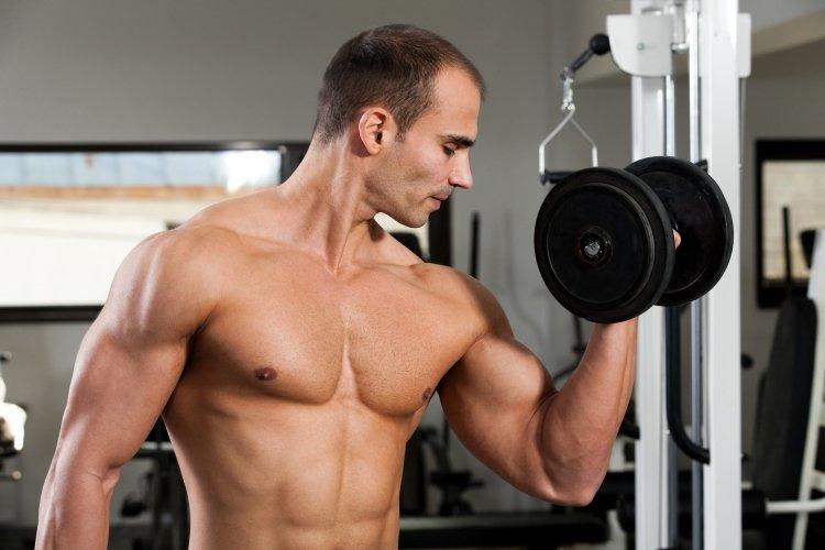 Комплекс BCAA IPH – AGAA заметно увеличивает и ускоряет рост мышечной массы