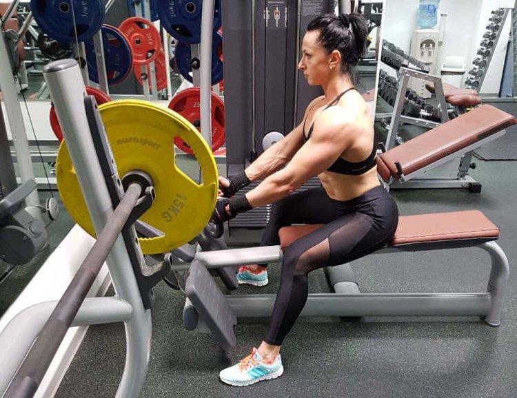 Силовые тренировки в зале занимают 8-10 часов в неделю