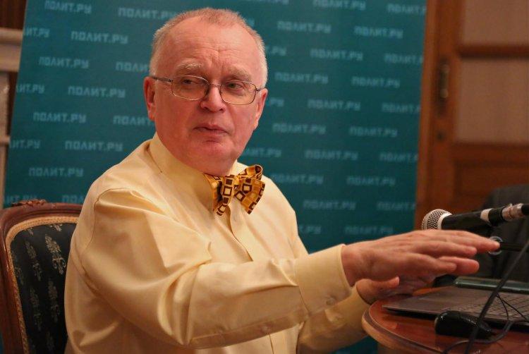 Президент Общества специалистов доказательной медицины, доктор медицинских наук, профессор Василий Власов