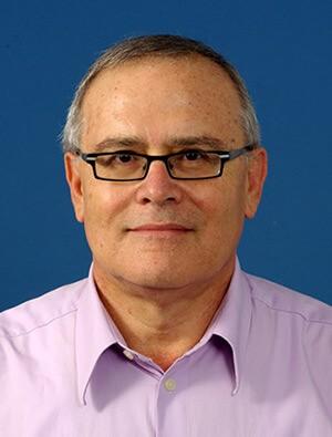 Профессор Яков Шехтер возглавляет Институт изучения меланомы «Элла»